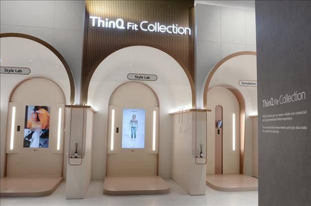 LG ThinQ Fit smart mirror ile ilgili görsel sonucu