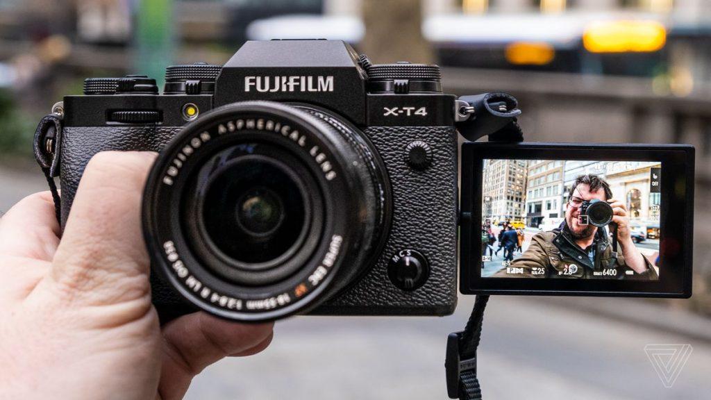 FujifilmX-T4'ün fiyatı ne kadar?