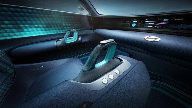 elektrikli-otomobillerde-joystick
