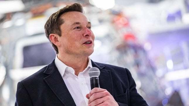Elon Musk 1200 solunum cihazı bağışladı