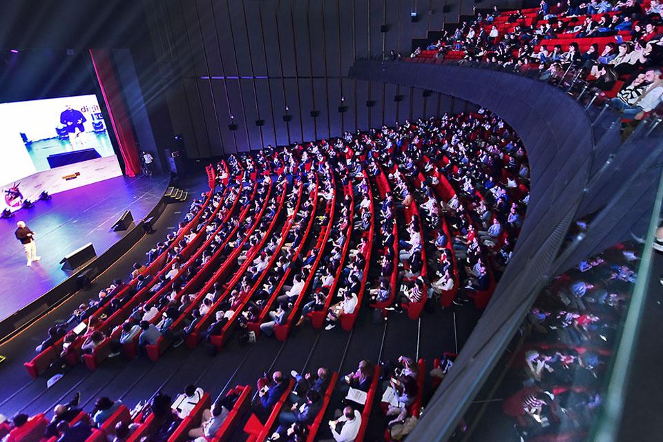 Digital Age Tech Summit 21