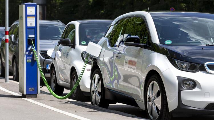 Volvo Tamamen Elektrikli Otomobil