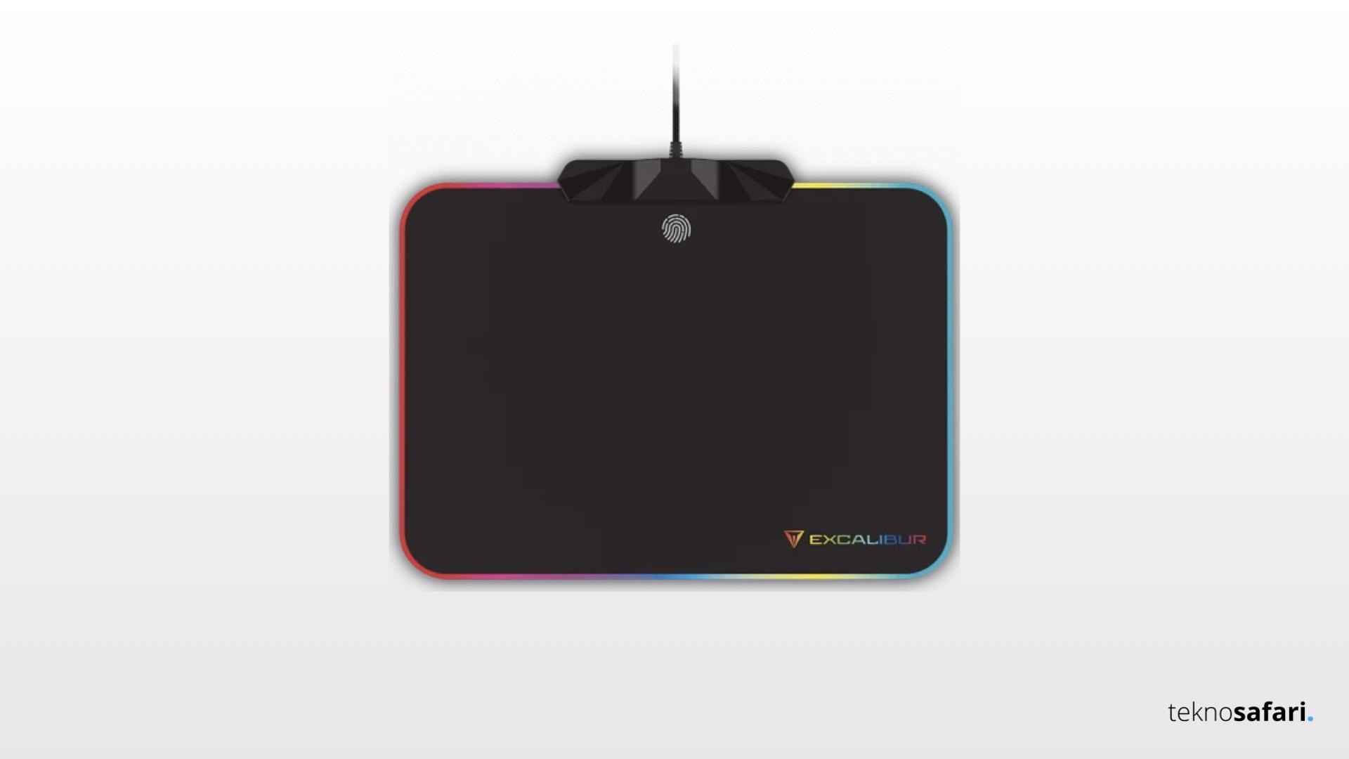 Oyuncular için Özel Tasarlanan RGB'li Excalibur Mousepad